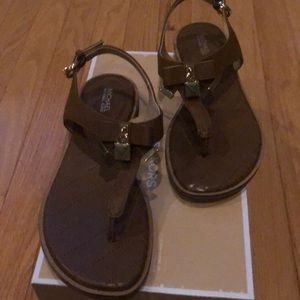 Michael kors Alice leather sandals new in box